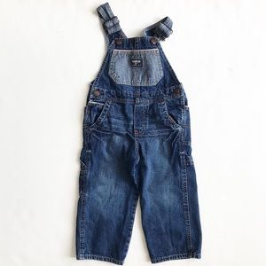 Oshkosh 2 tone blue denim overalls EUC 2T